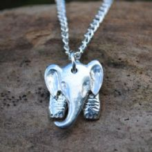 3D Elephant pendant necklace  P59